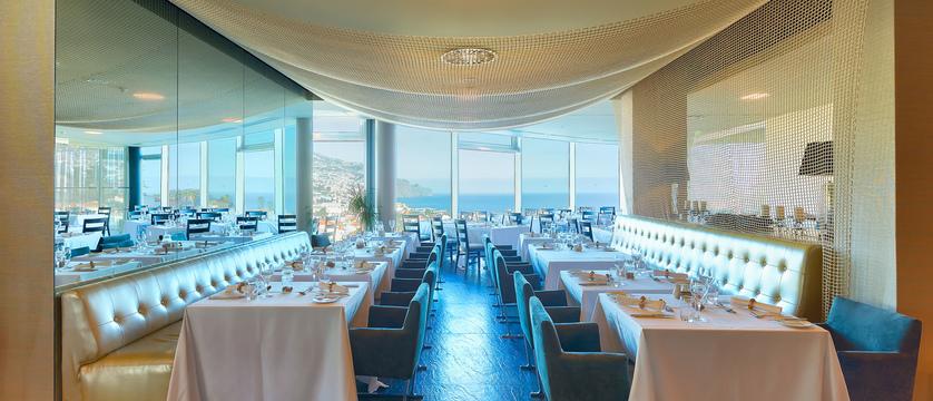 Funchal_four-views_restaurant.jpg